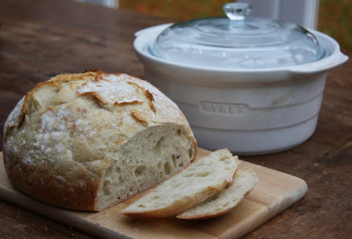 white crockpot bread