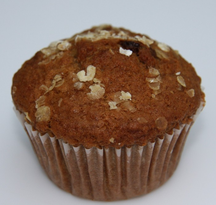 cinnamon raisin muffin