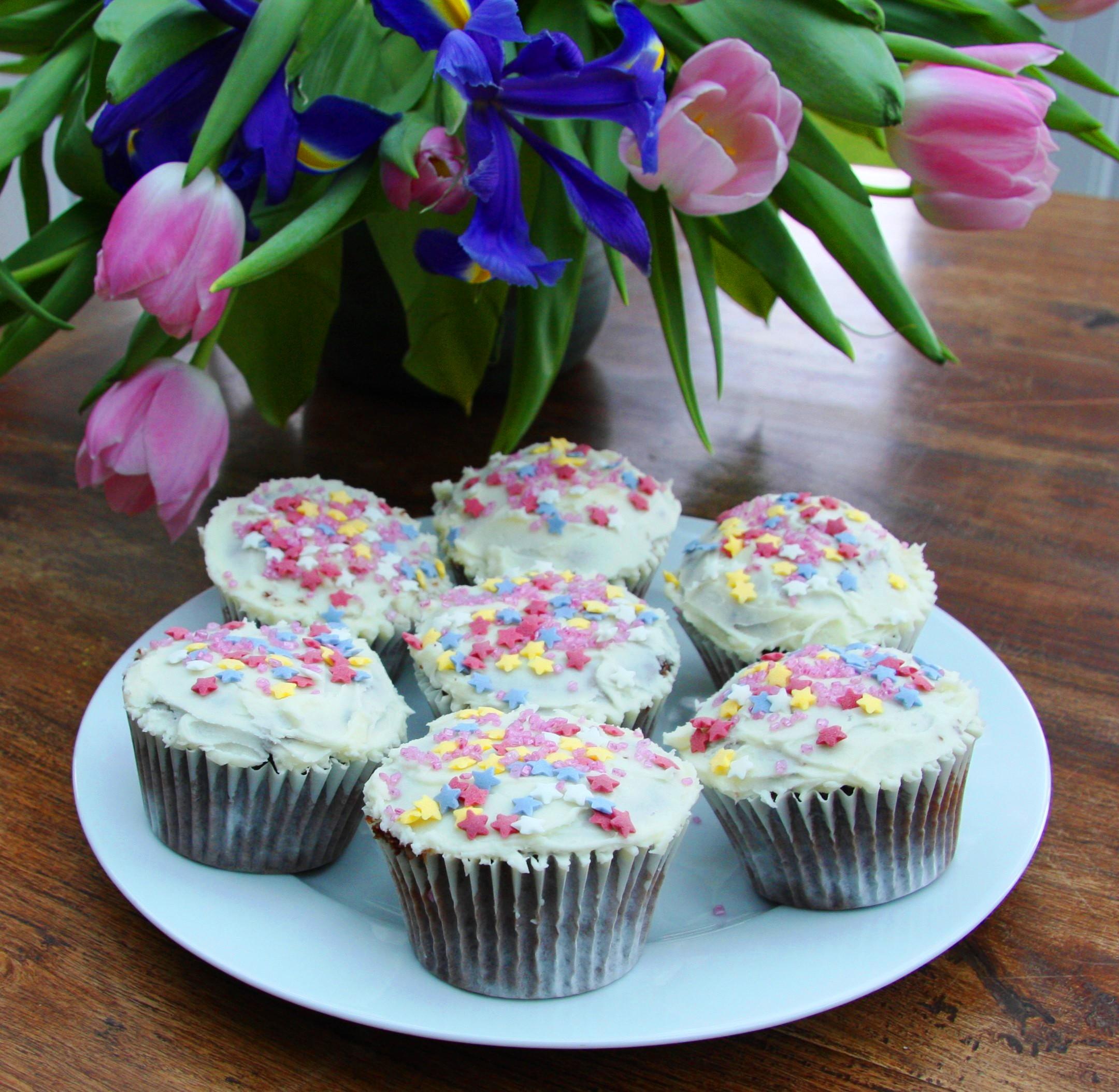 Superb Hummingbird Chocolate Cupcakes Sweet And Easy Funny Birthday Cards Online Necthendildamsfinfo