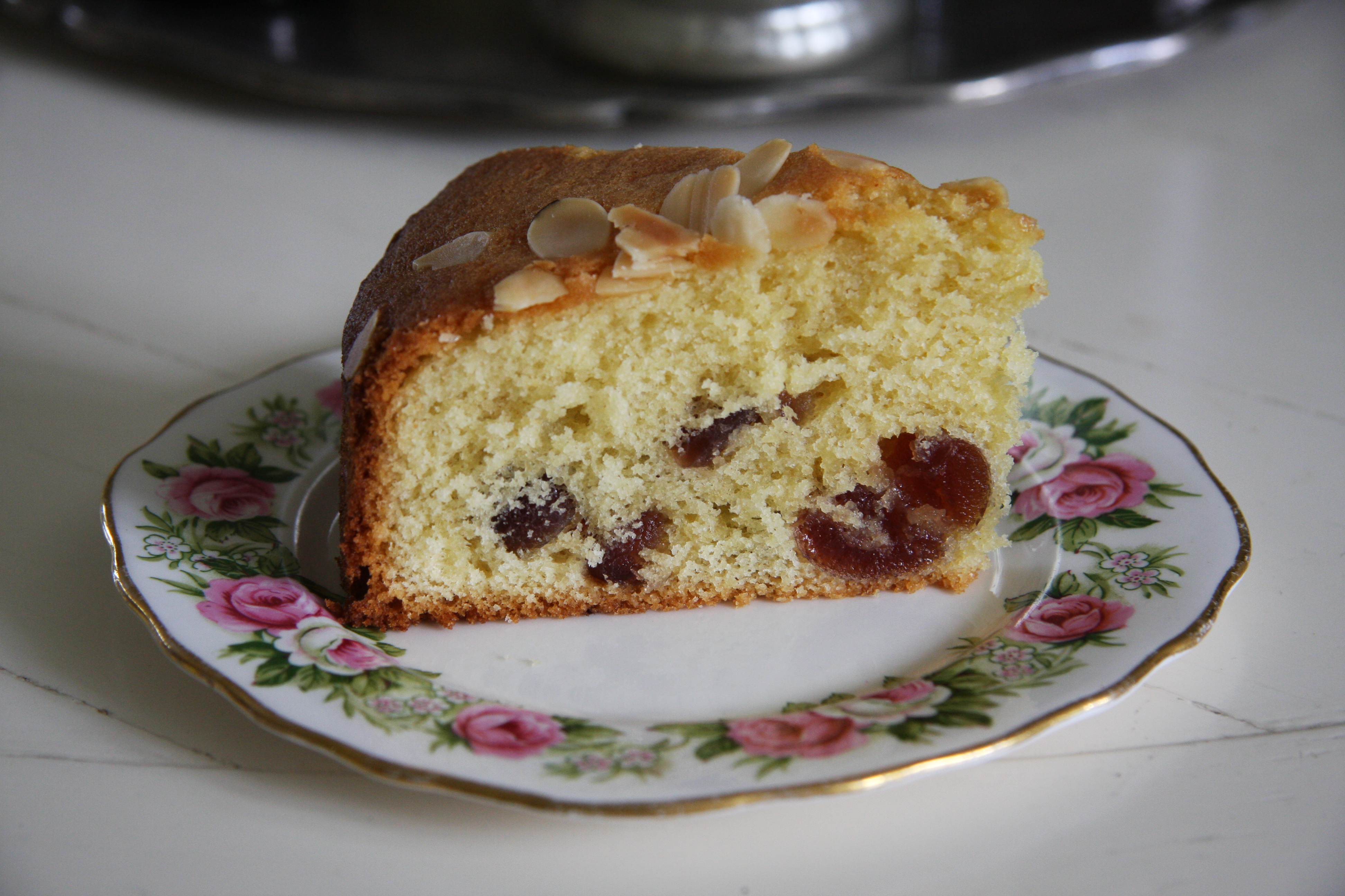 Cherry and Almond Cake – lovinghomemade