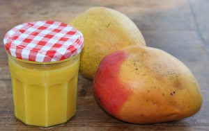 homemade mango curd