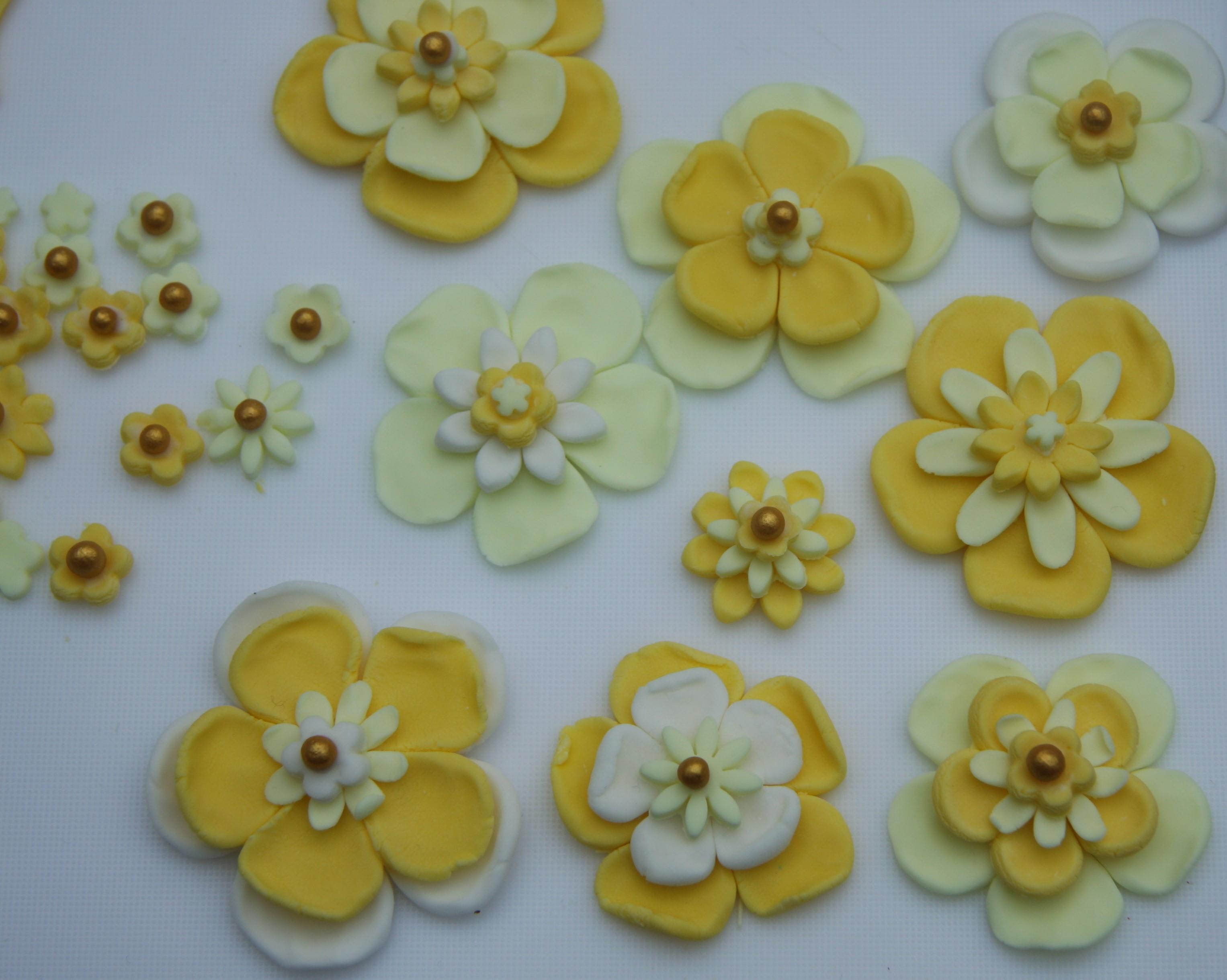 50th birthday cake with yellow flowers lovinghomemade flower decorations mightylinksfo