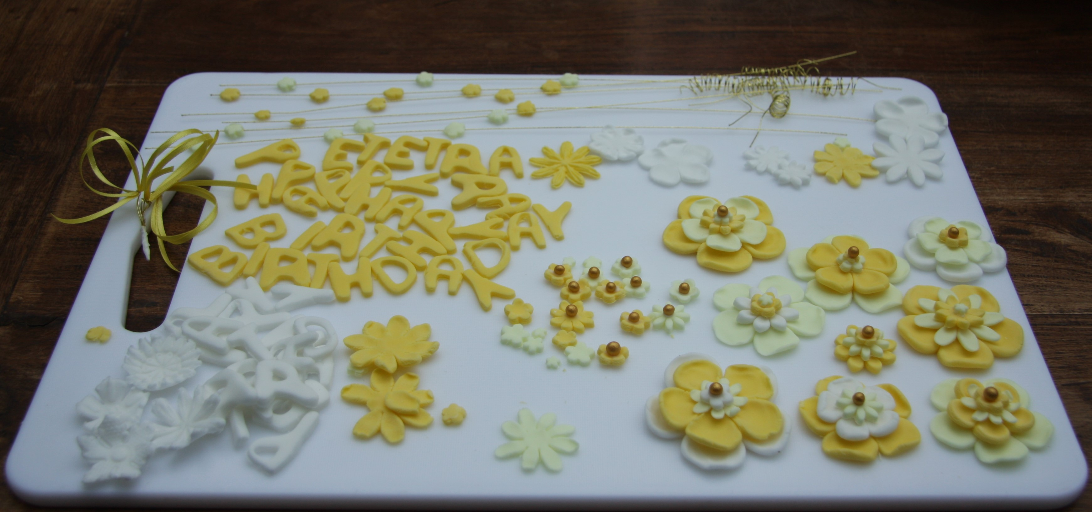 50th Birthday Cake With Yellow Flowers Lovinghomemade