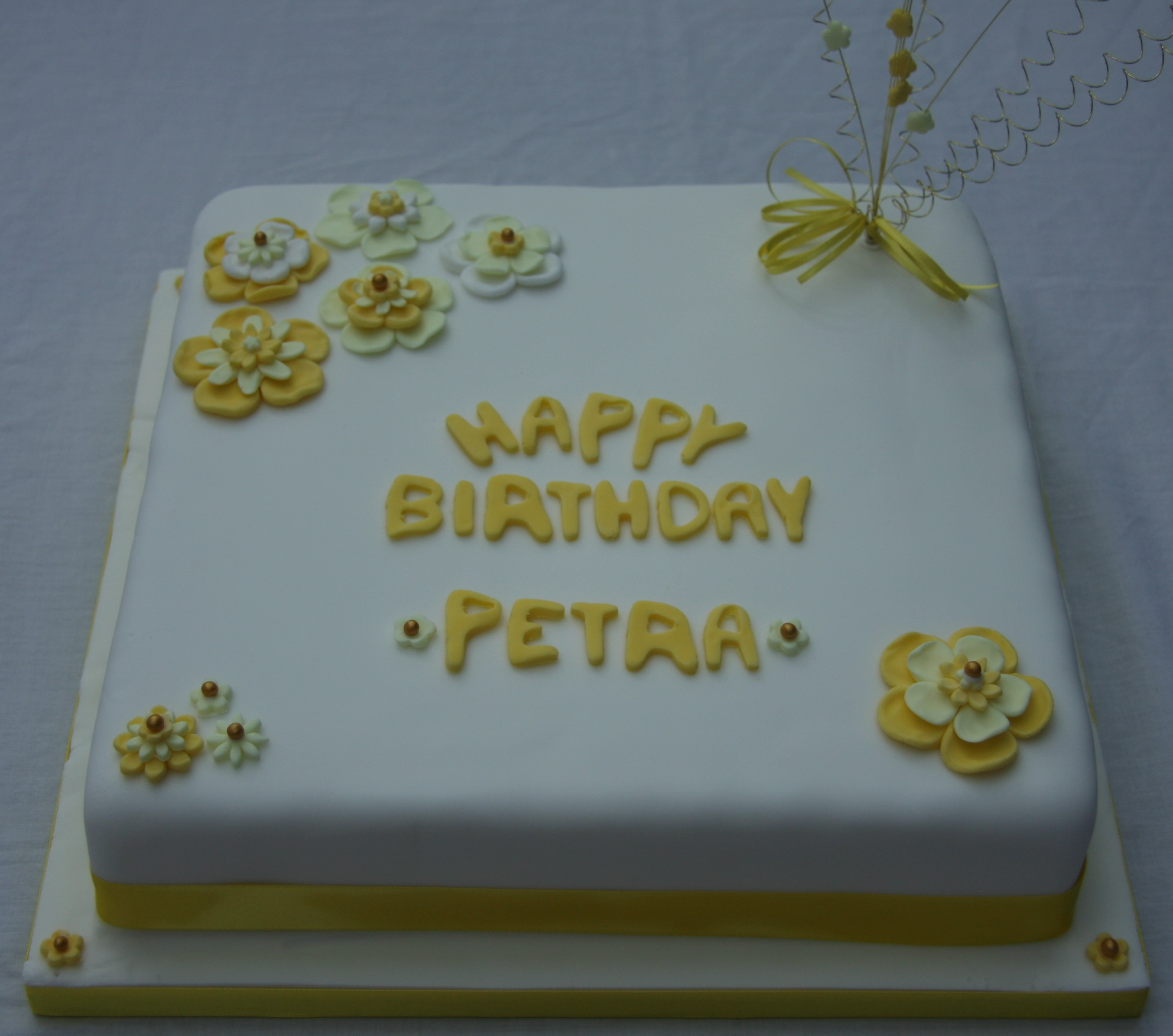 50th birthday cake with yellow flowers lovinghomemade 50th birthday cake izmirmasajfo