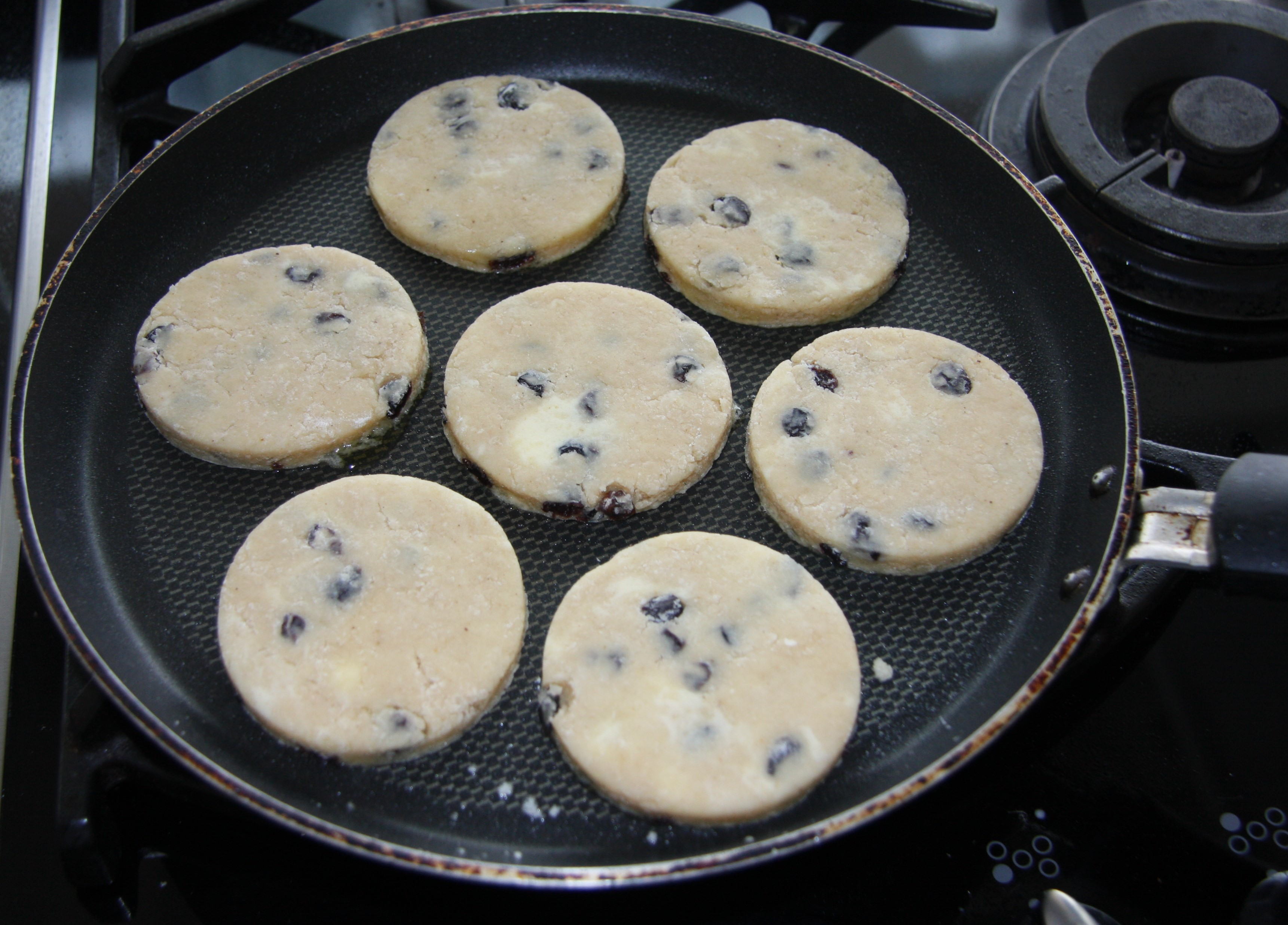 How To Make Welsh Cakes In Frying Pan