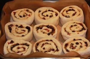 making sticky buns