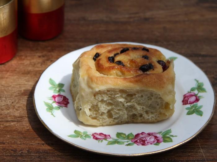 cranberry bun