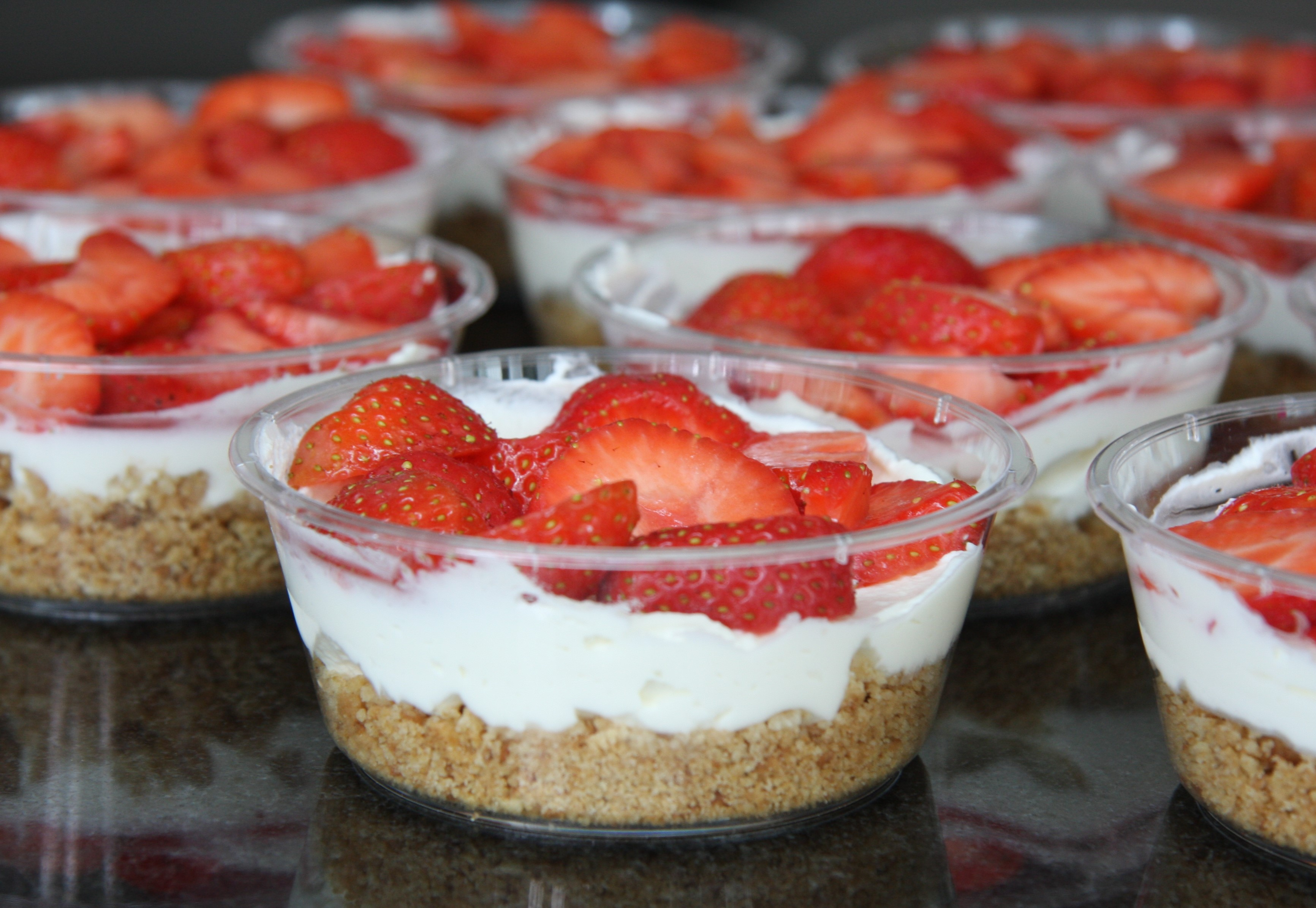 Have cheesecake, will travel: Individual Strawberry Cheesecake Pots ...