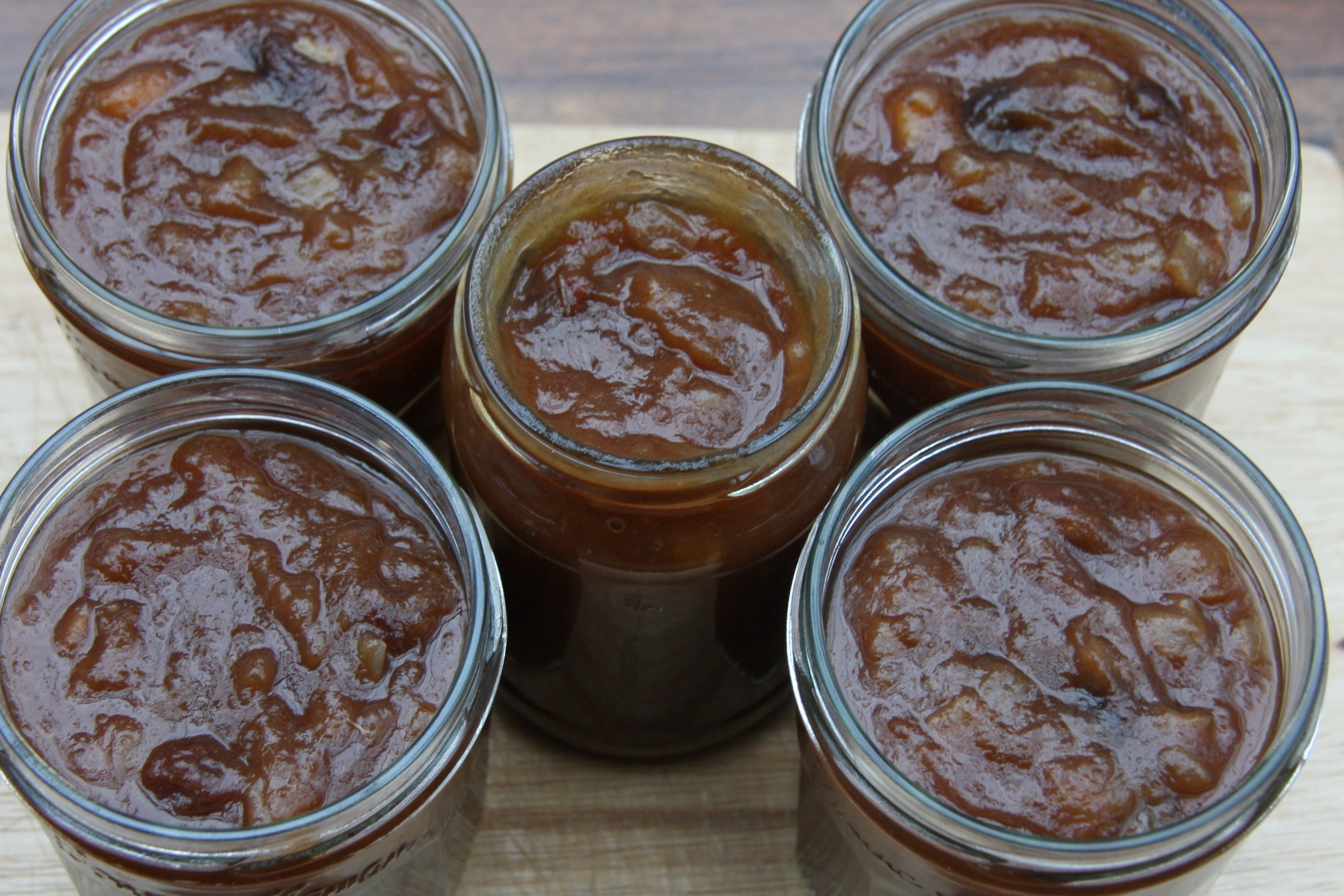 Apple Chutney – a good way to use up some of your apples ...