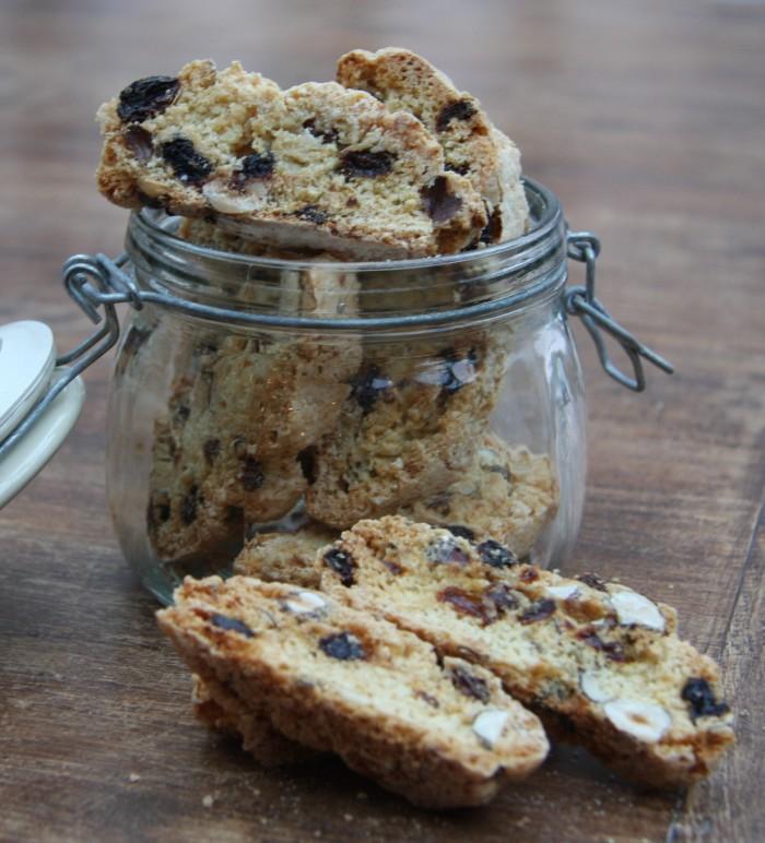 hazelnut biscotti
