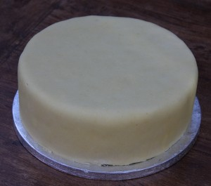 marzipanned cake