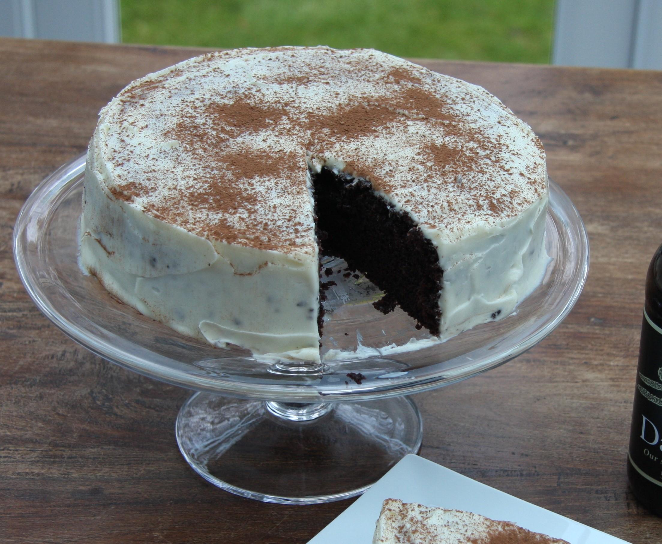 Chocolate Guinness Cake – Hummingbird Recipe | lovinghomemade