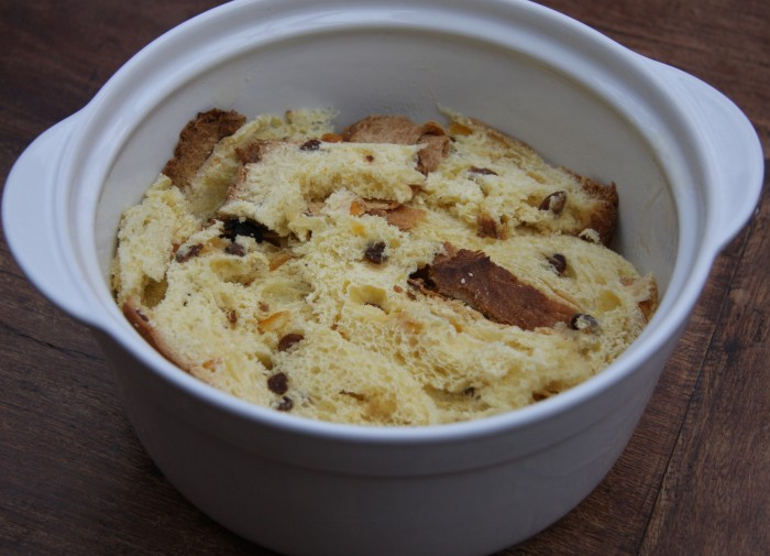 making panettone pudding