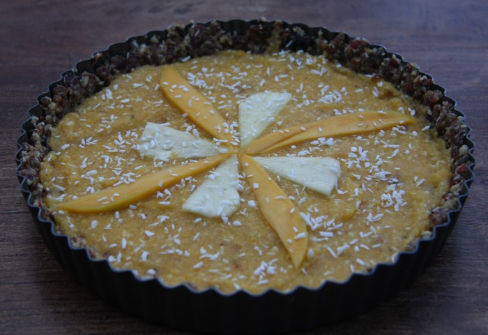 raw pineapple tart