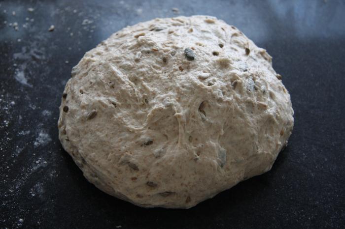 making seeded spelt bread