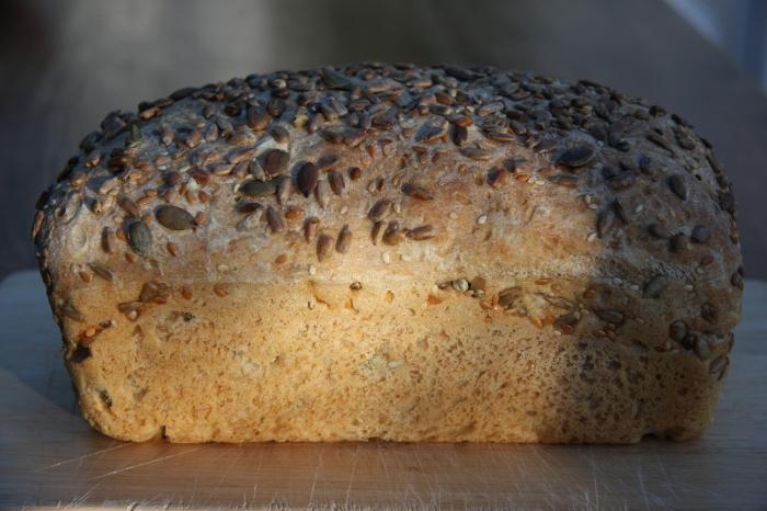 seeded spelt loaf