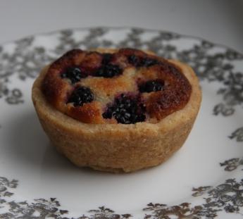 blackberry bakewell