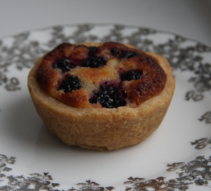 blackberry bakewell