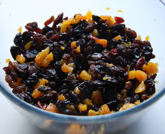 dried fruit for fruitcake