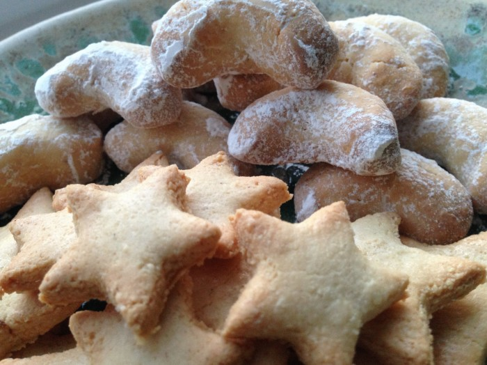 cinnamon stars vanilla crescents