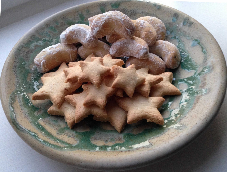 Christmas Biscuits Vanilla Crescents And Cinnamon Stars
