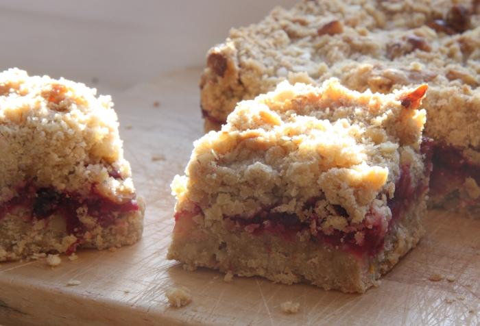 cranberry walnut slice