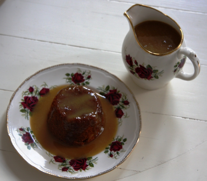 apricot puddings caramel sauce