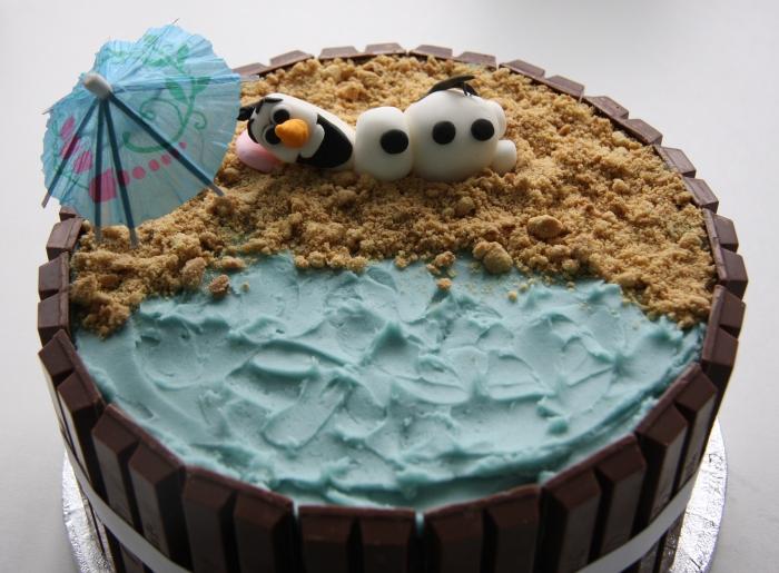 Olaf beach cake