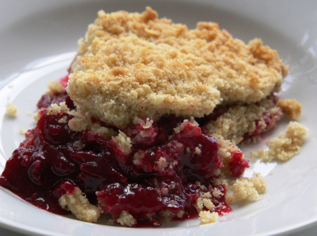 From The Hedgerows Damson Crumble Lovinghomemade