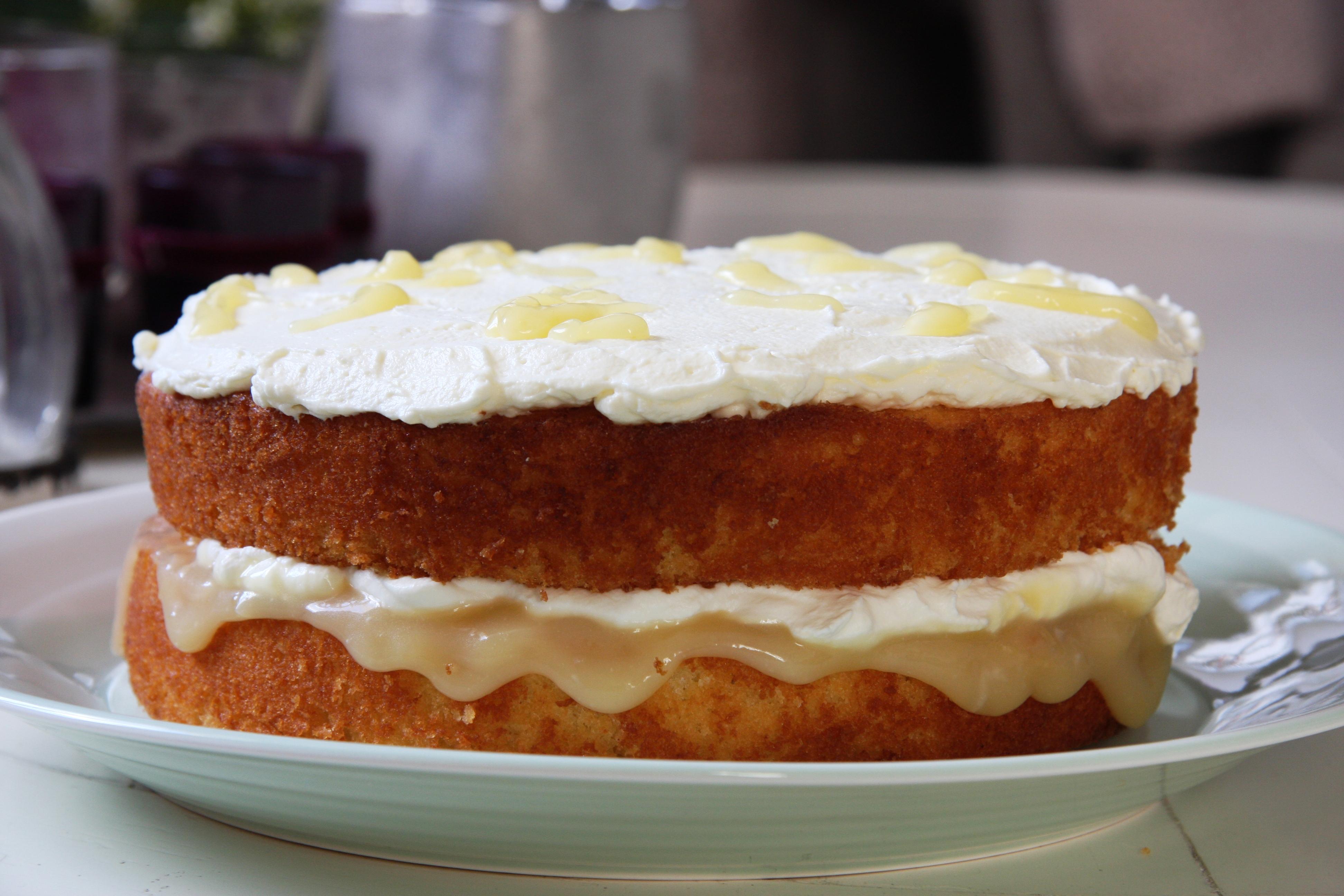 Cake Recipe With Lemon Curd: Lemon Curd Sponge Cake
