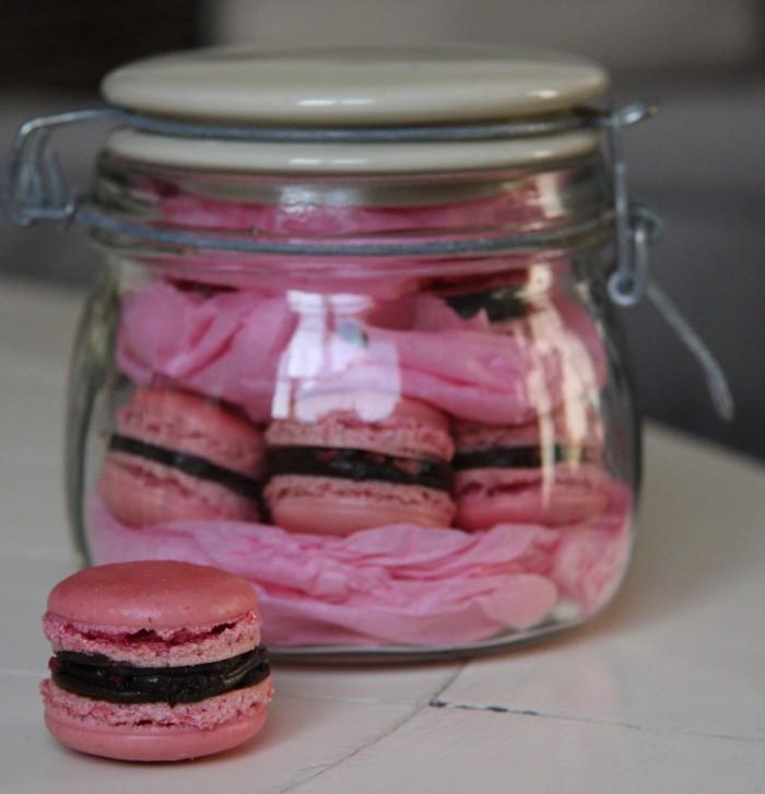 Chocolate raspberry macaron gift