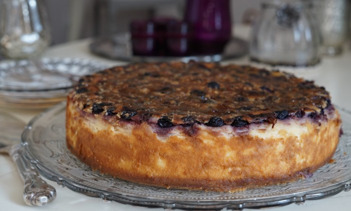 Blueberry creme brulee cheesecake