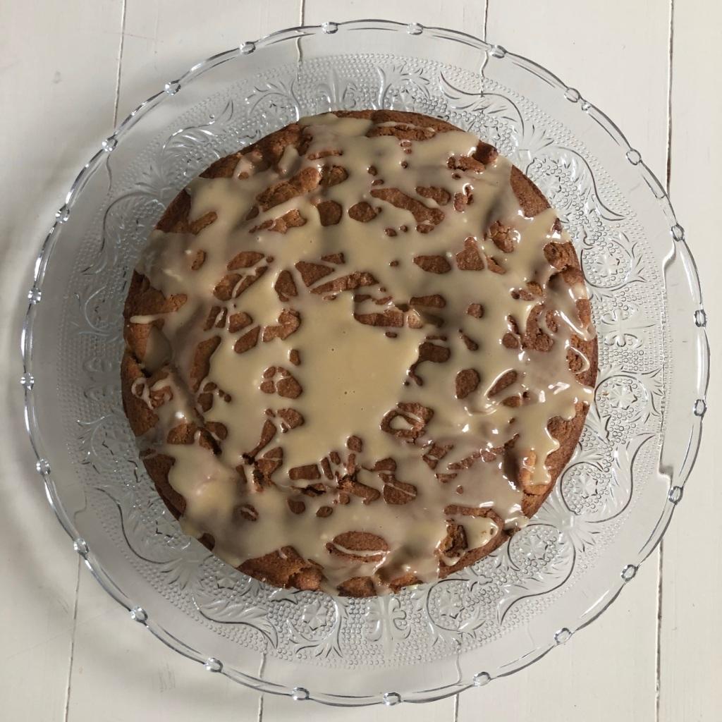 apple pecan maple cake